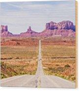 descending into Monument Valley at Utah  Arizona border  Wood Print