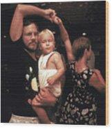 Family Dancing On The Bayou Wood Print