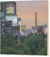 november 2017 Las Vegas, Nevada - evening shot of eiffel tower a Wood Print