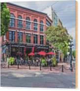 Outdoor Cafe In Gastown, Vancouver, British Columbia, Canada Wood Print