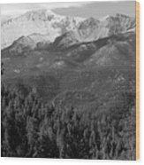 Fresh Snow On Pikes Peak Wood Print