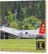 B-17 Bomber Taxiing 1 Wood Print