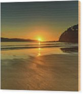 Sunrise Seascape From The Beach Wood Print