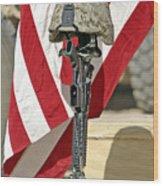 A Battlefield Memorial Cross Rifle Wood Print by Stocktrek Images