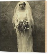 A Beautiful Vintage Photo Of Coloured Colored Lady In Her Wedding Dress Wood Print