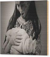 A Confortadora - Work By Patricia Piccnini Wood Print