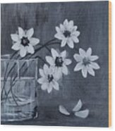 A Lovely Bouquet Of Daisies Wood Print