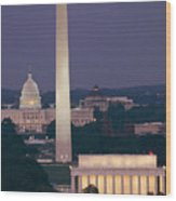 A Night View Of The Lincoln Memorial Wood Print