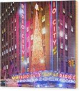 A Radio City Music Hall Christmas Wood Print