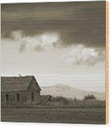 A Storm Looms Wood Print