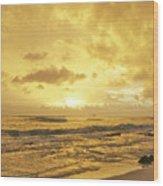 A Sunrise Over Oahu Hawaii Wood Print