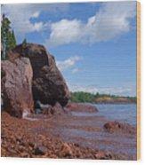 A Superior Red Rock Beach Wood Print