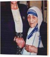 A Vist With Mother Teresa Wood Print