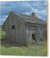 Abandoned Farm Building Wood Print