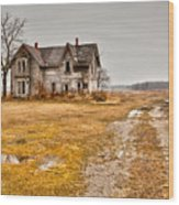 Abandoned Farm House Wood Print by Cale Best