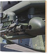 Aim-92 Stinger Weapon And Gunpod Wood Print
