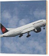 Air Canada Boeing 777-233 Wood Print