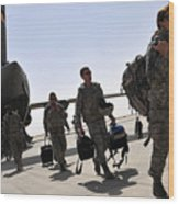 Airmen Arrive In Iraq In Support Wood Print