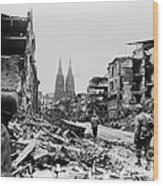 American Soldiers In Cologne, Germany Wood Print