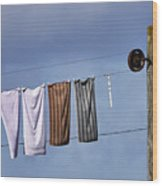 Amish Clothesline Wood Print