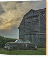 An Old Cadillac By A Barn And Cornfield Wood Print