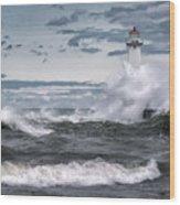 Angry Waters Of Lake Ontario Wood Print
