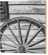 Antique Wagon Wheel In Black And White Wood Print