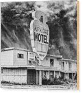 Apache Motel Tucumcari Wood Print