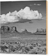 Approaching Monument Valley Black And White Wood Print
