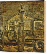 At The Pumps No.7009a1 Wood Print