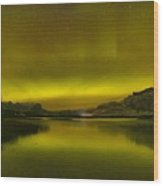 Auroa Borealis At Talbot Lake Wood Print
