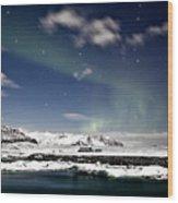 Aurora At Glacier Lagoon Wood Print