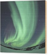 Aurora Borealis Over Prosperous Lake Wood Print