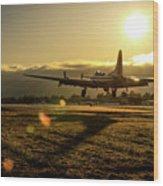 B17 Landing At Livermore Wood Print