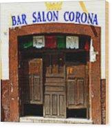 Bar Salon Corona Wood Print