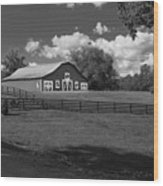 Barn At Yonah Mountain In Black And White 4 Wood Print