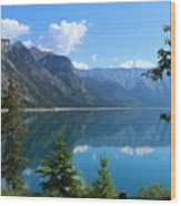Beautiful Lake Minnewanka Wood Print