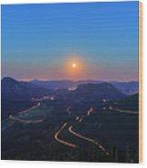 Beautiful Moon Rise At Rocky Mountain National Park Wood Print
