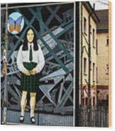 Belfast Mural - Butterfly - Ireland Wood Print