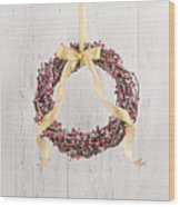 Berry Decorated Wreath Wood Print