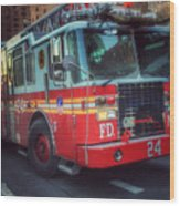 Big Red Engine 24 - Fdny - Firefighters Of New York Wood Print