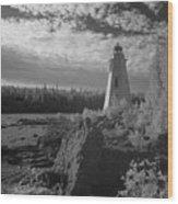 Big Tub Lighthouse Wood Print