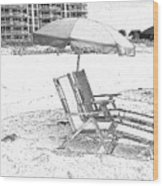 Black And White Beach Chairs Wood Print