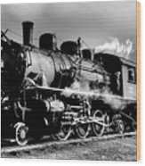 Black And White Of An Old Steam Engine  Wood Print