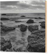 Black And White Sunset At Low Tide Wood Print