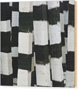 Blanco Y Negro Wood Print
