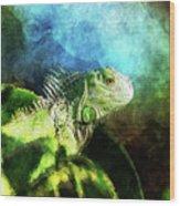 Blue And Green Iguana Profile Wood Print