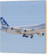 Boeing 747-8 N50217 Landing Wood Print