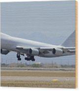 Boeing 747-8kzf N6009f Mesa Gateway Airport June 10 2011 Wood Print