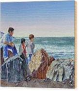 Boys And The Ocean Wood Print